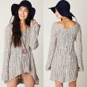 FREE PEOPLE CABLE FLUTED PULLOVER Sweater Gray